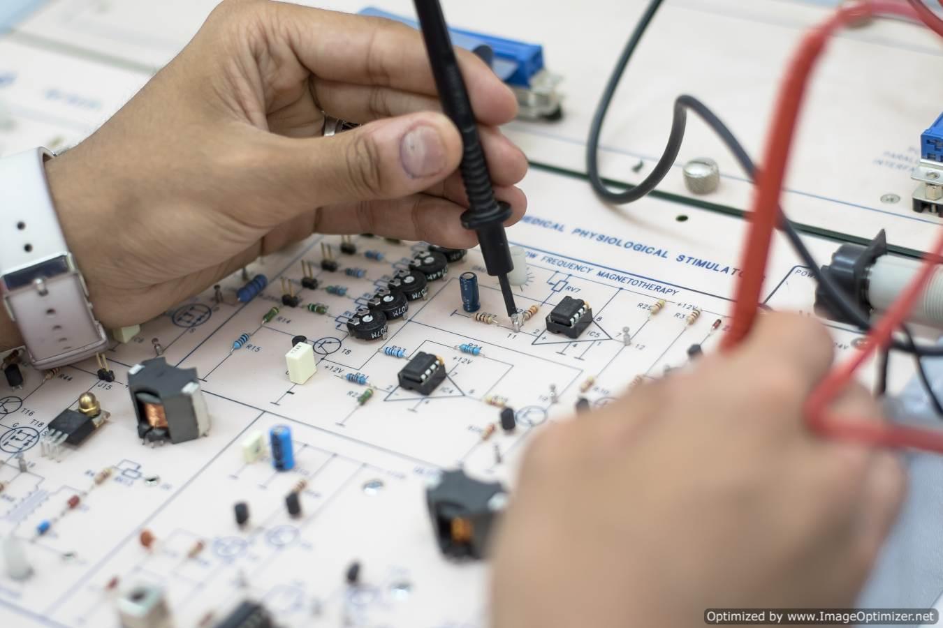 الهندسة الإلكترونية