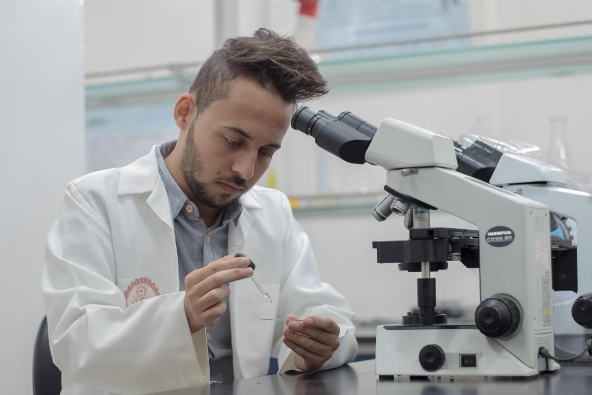 بكالوريوس المختبرات الطبية